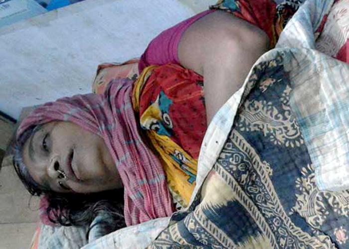 মঠবাড়িয়ায় এক নারীর রহস্যজনক মৃত্যু : এলাকায় শোক