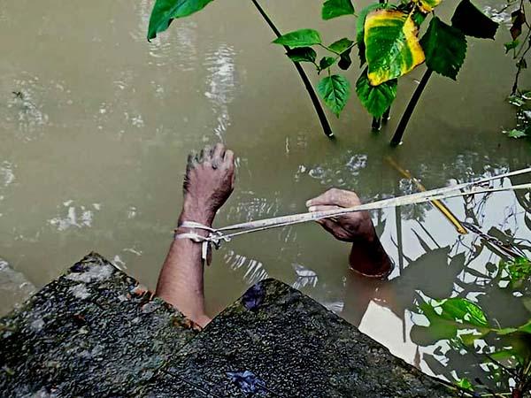 ভান্ডারিয়ায় মস্তক বিহীন অজ্ঞাত যুবকের মরদেহ উদ্ধার